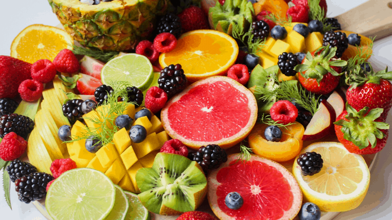 What fruit is safe for dogs to eat?